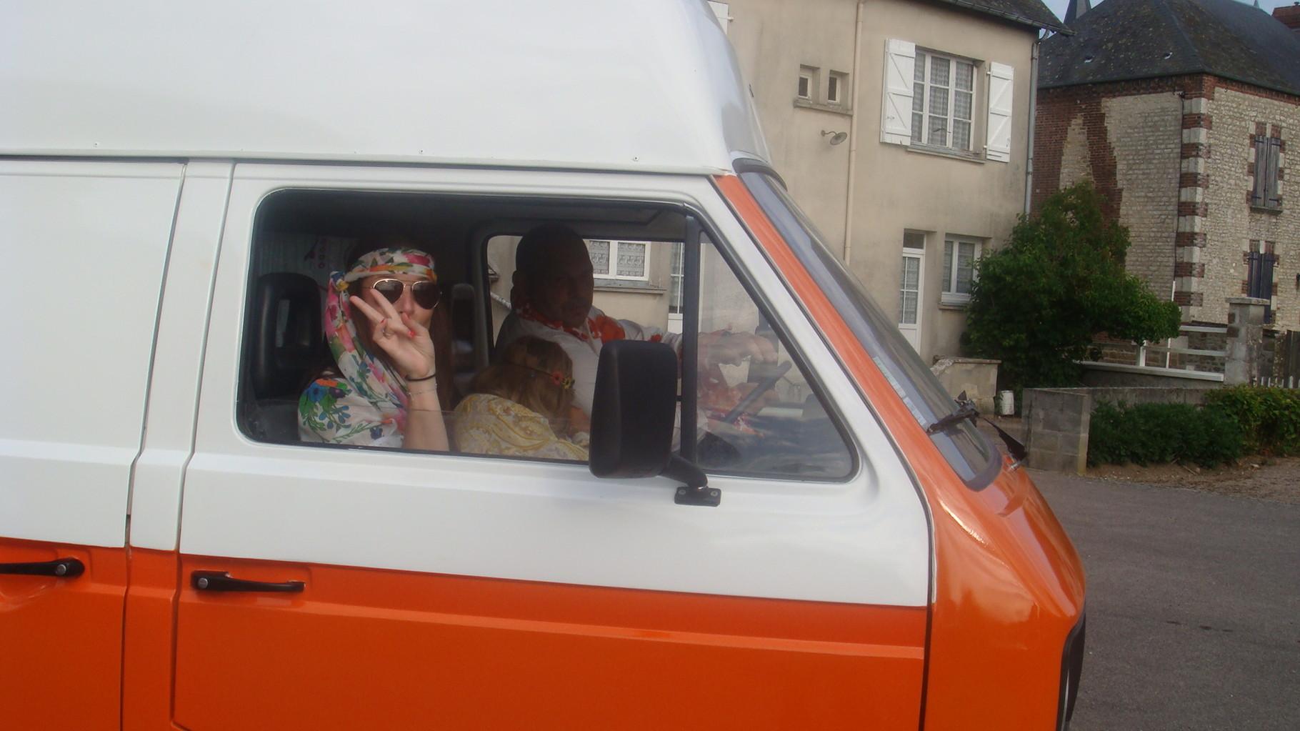 """Arrivée de la famille """" Hippie"""""""