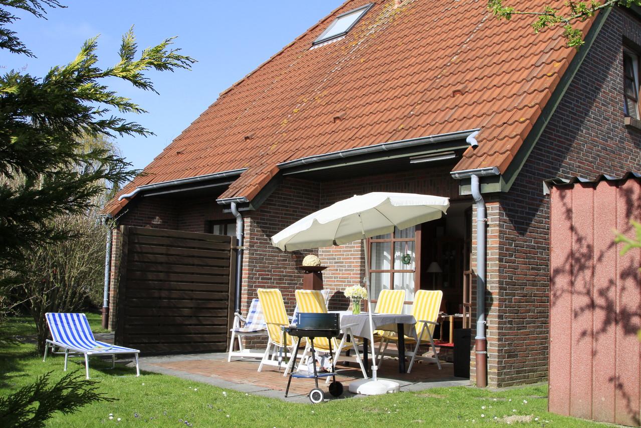 Windgeschützte Süd- West- Terrasse