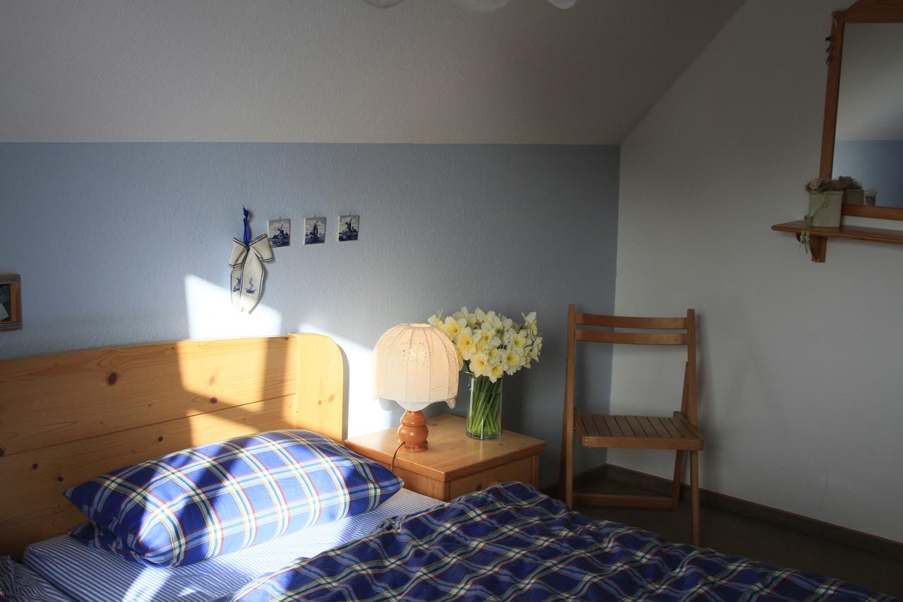 Morgenlicht (!) im Eltern- Schlafzimmer