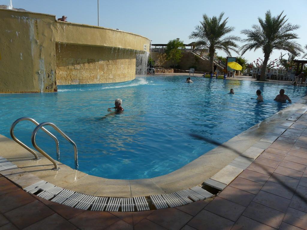 Petite piscines de plage privée