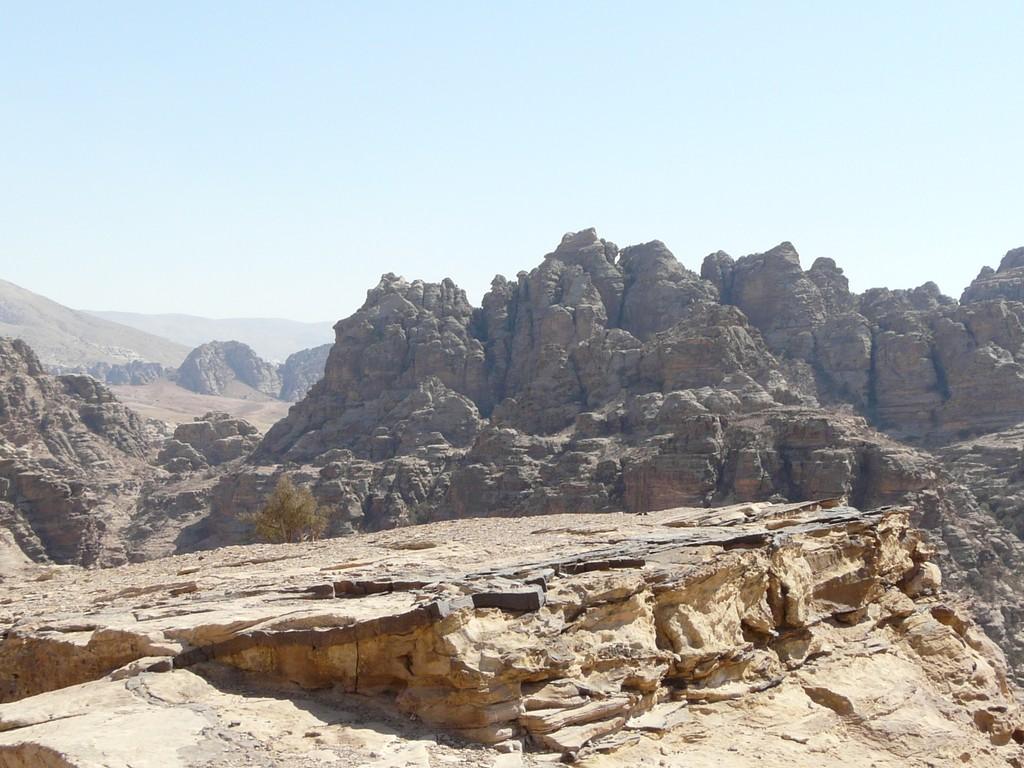 Pics face au Deir