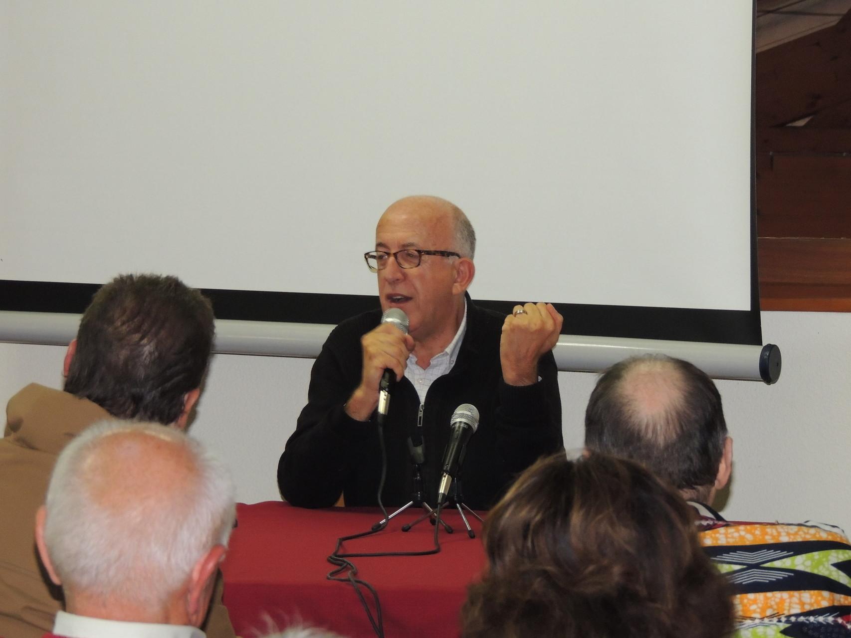 """Jean-Pierre Alaux auteur de la série """"Le sang de la vigne"""" en conférence sur le Patrimoine et les Médias"""