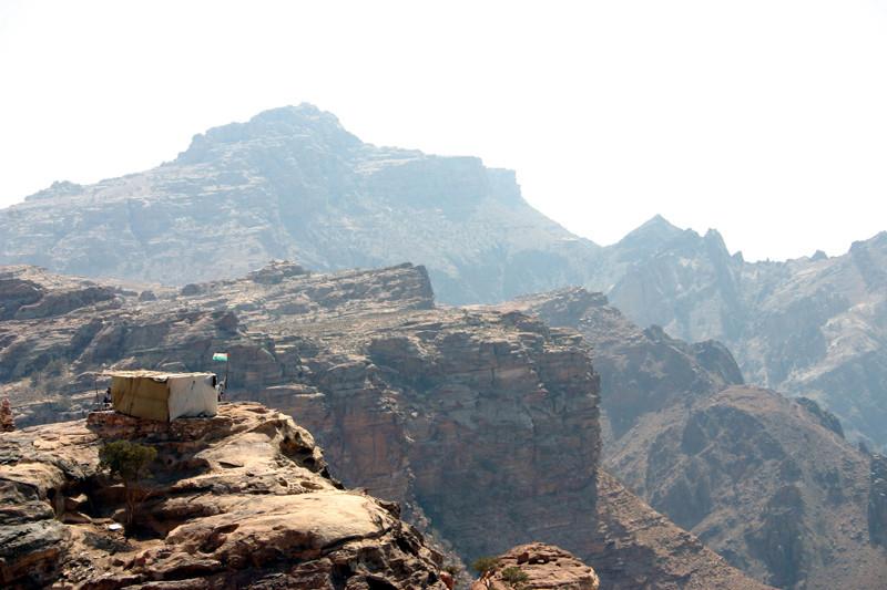 Superbe vue en surplomb du Deir...