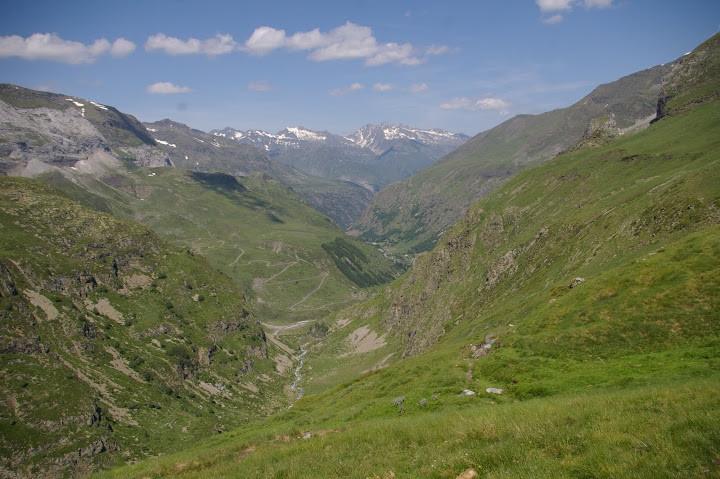 La vallée d'Héas, seule entrée/sortie d'accès au cirque Ph Cl.Renaudat