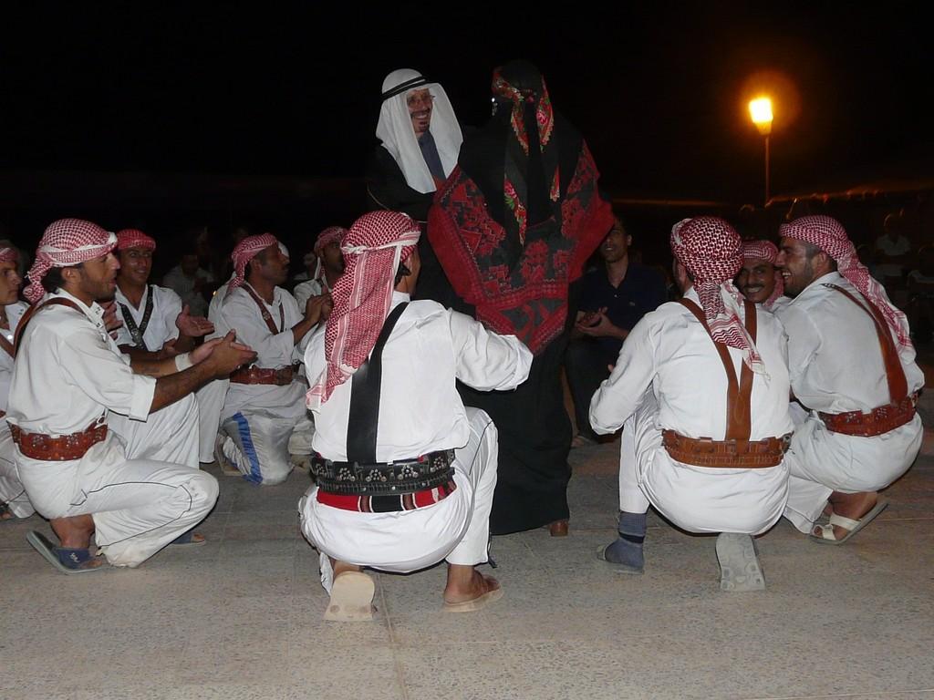 Danses Bédouines, sans beaucoup de Bédouines...