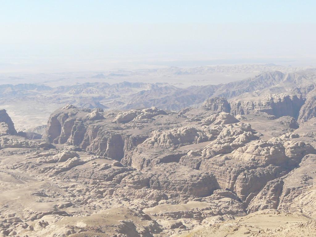 Dans les vallées de Pétra