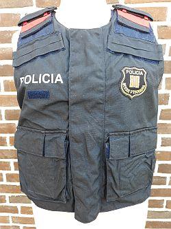 Mossos d'esquadra, politie Catalonië, steekwerend vest