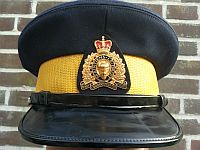 Royal Canadian Mounted Police, herenpet