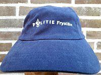 Baseballcap Politie Friesland, in gebruik bij de Nijmeegse  4-daagse