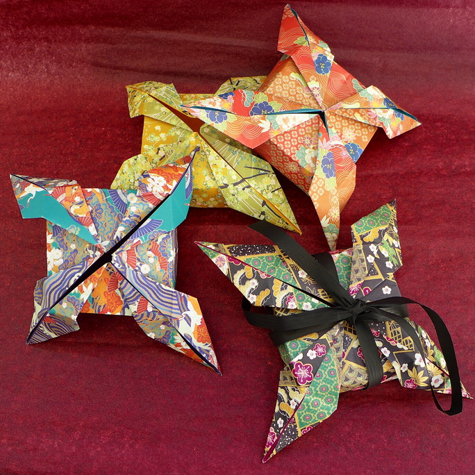 mobiles en origami laboiteagaloo origami. Black Bedroom Furniture Sets. Home Design Ideas