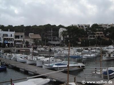 Im Hafen von Porto Petro