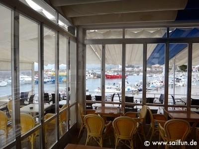 Cafe am Hafen von Cala Ratjada