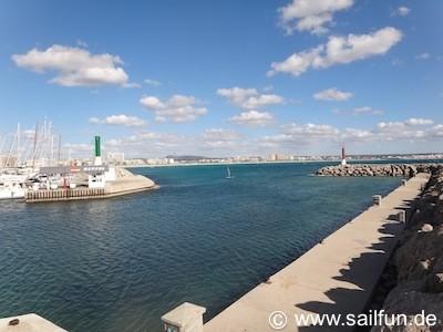 Hafeneinfahrt mit Tankstelle in Ca'n Pastilla