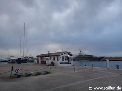 Tankstelle im Yachtchafen Puerto Portals