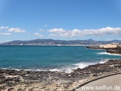 Promenade bei Cala Gamba - Blick in Richtung Palma