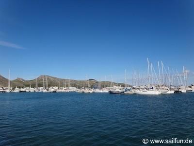 Blick in die Marina von Port de Pollenca