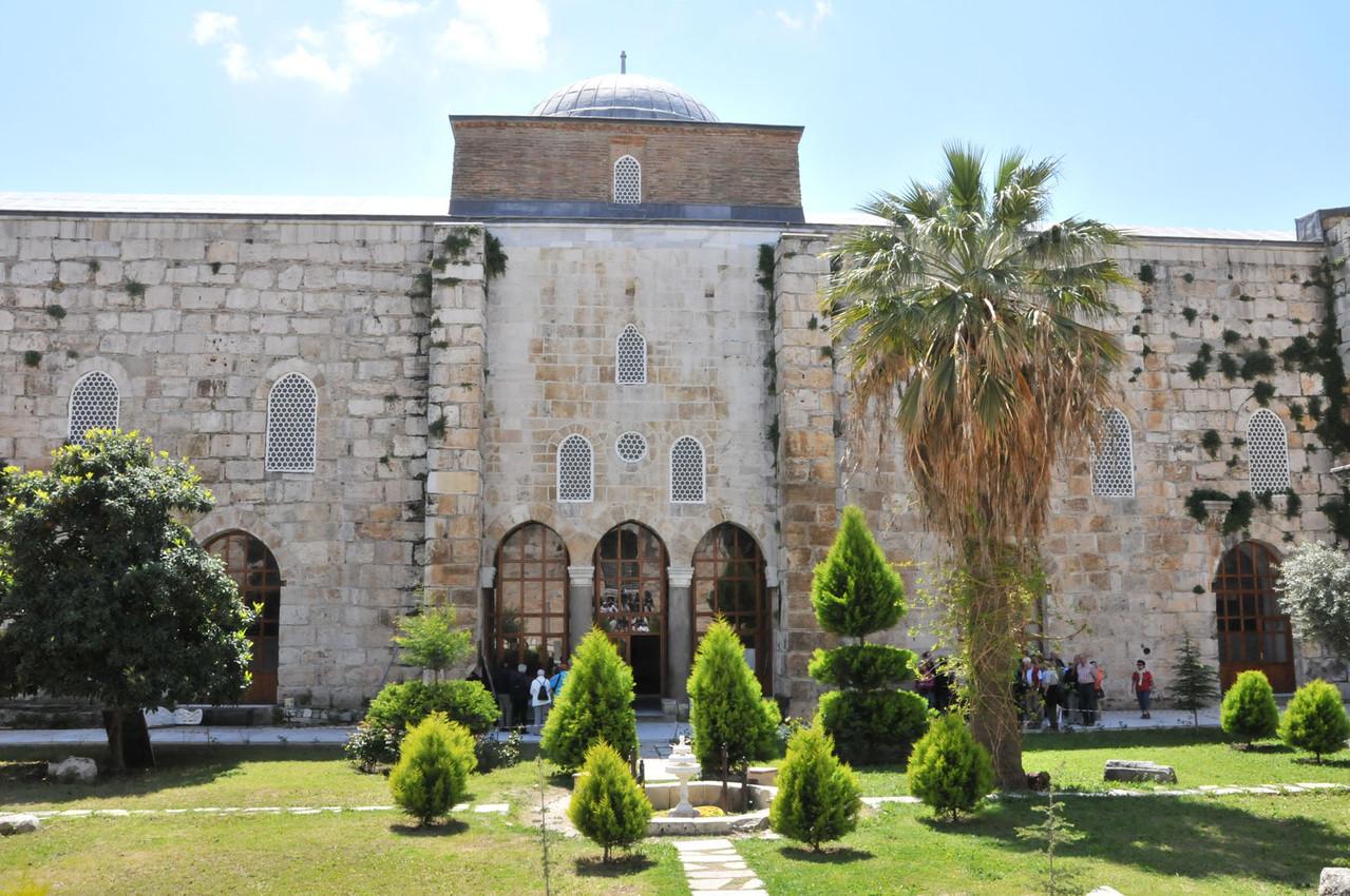 Besichtigung der Isabey Moschee