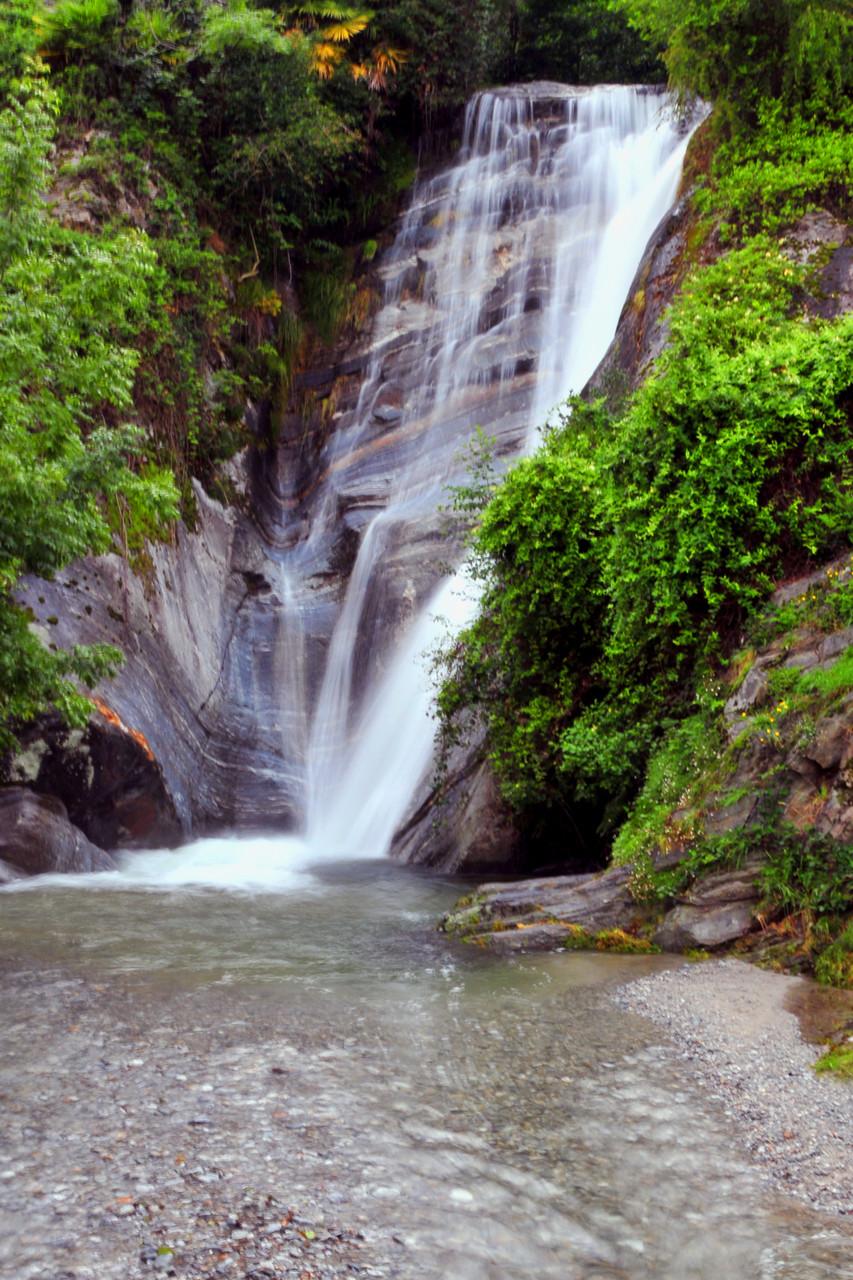 Wasserfall an der Via Contra, Brione sopra Minusio