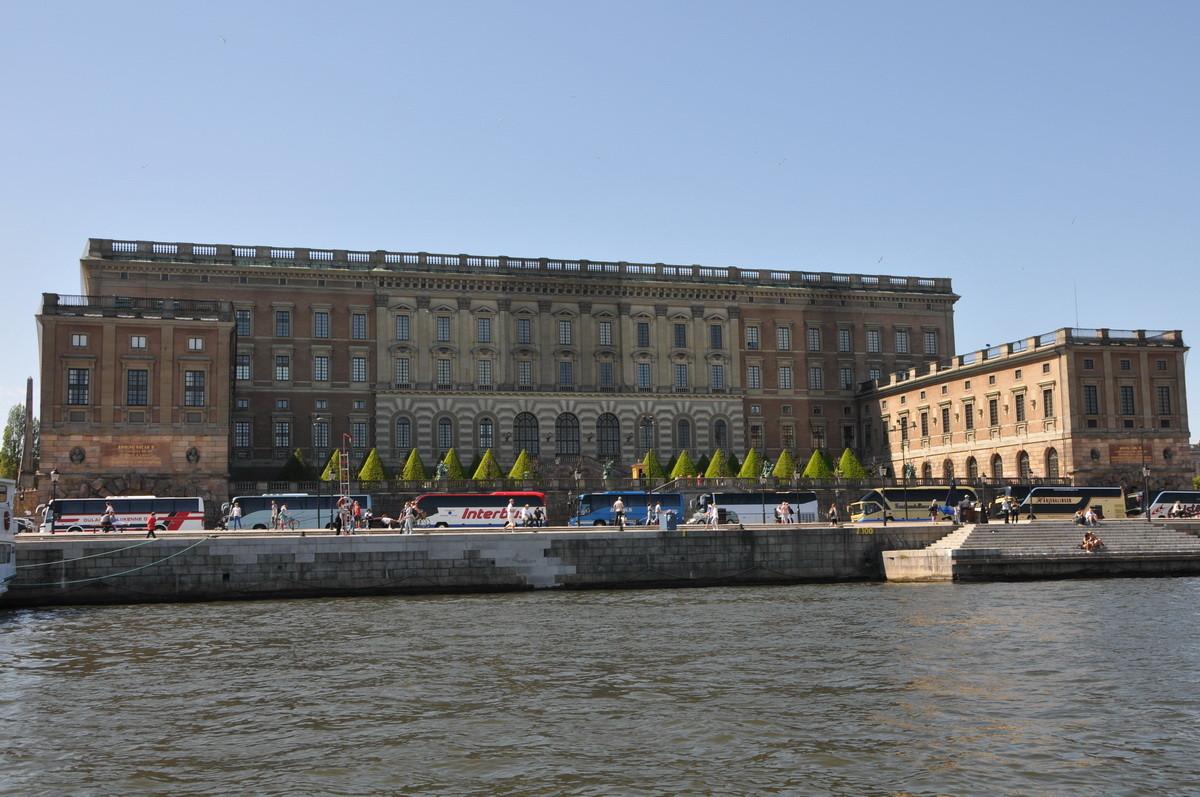 Der Königspalast von der Wasserseite