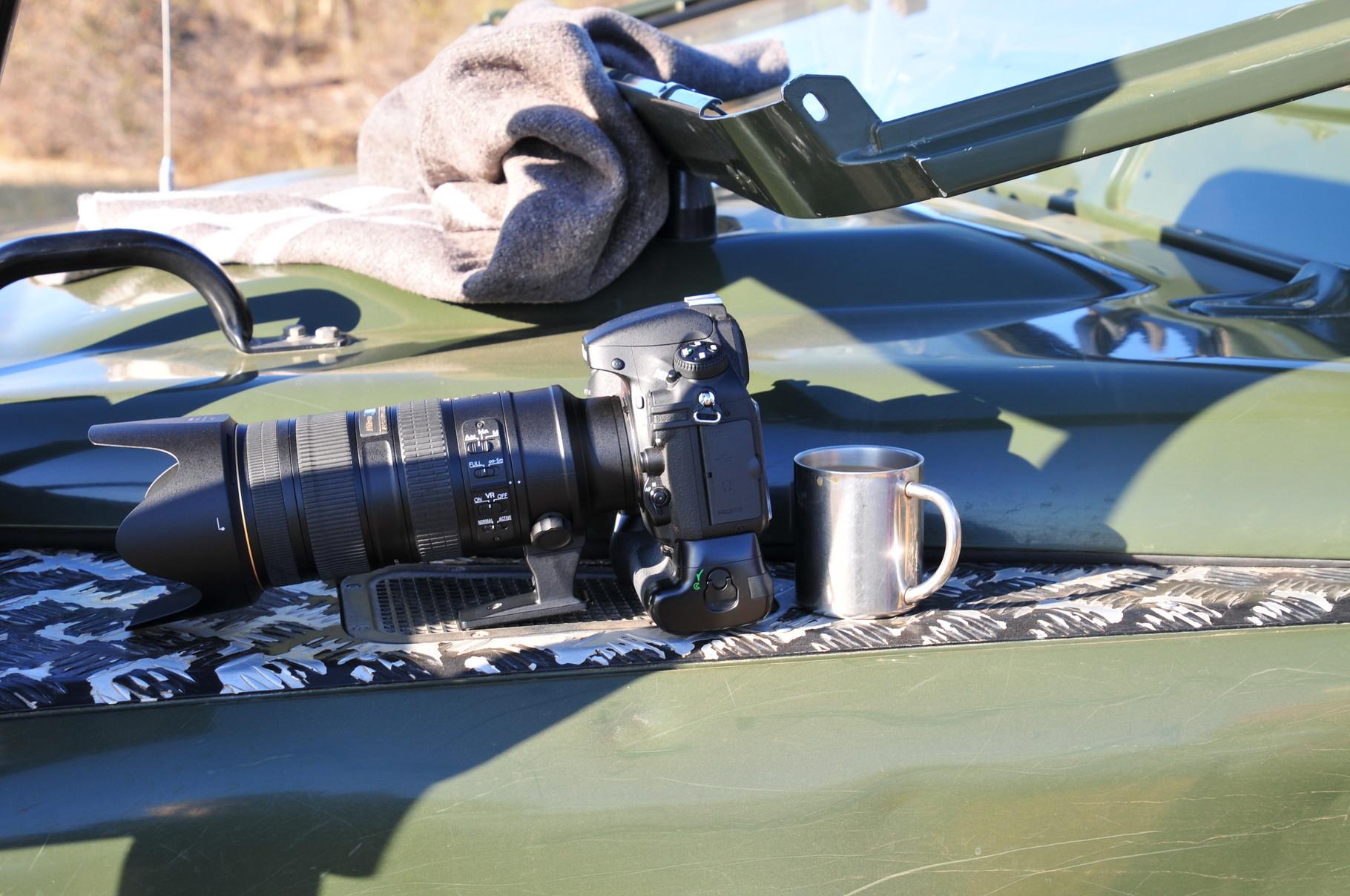 Da wird sogar die Kamera gegen einen wärmenden Kaffee getauscht