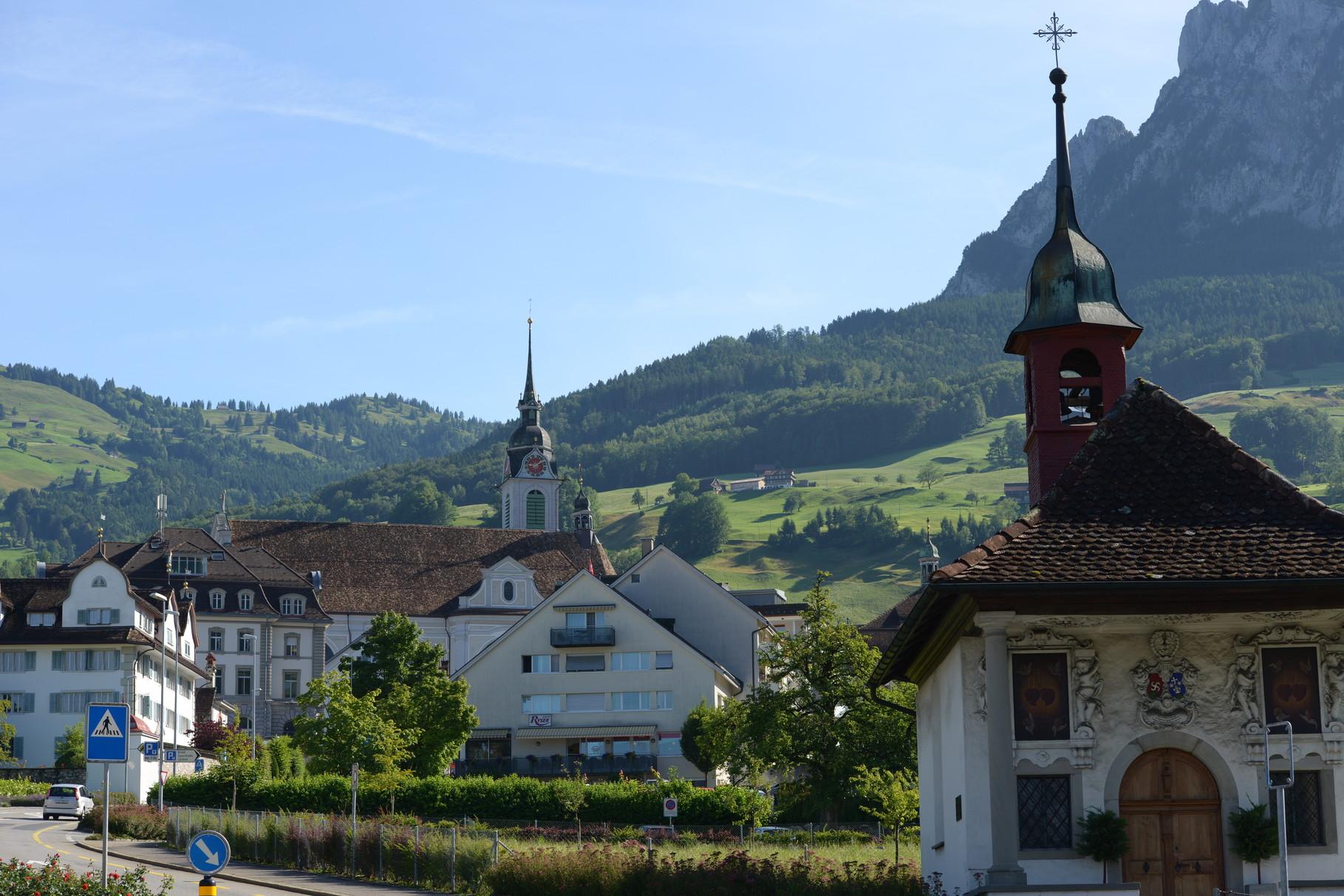 Schwyz - Aus Richtung Brunnen