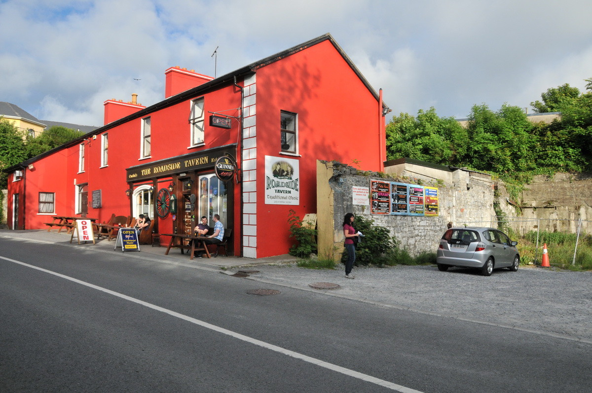 """The Roadside Tavern"" in Lisdoonvarna, Verpflegungshalt"