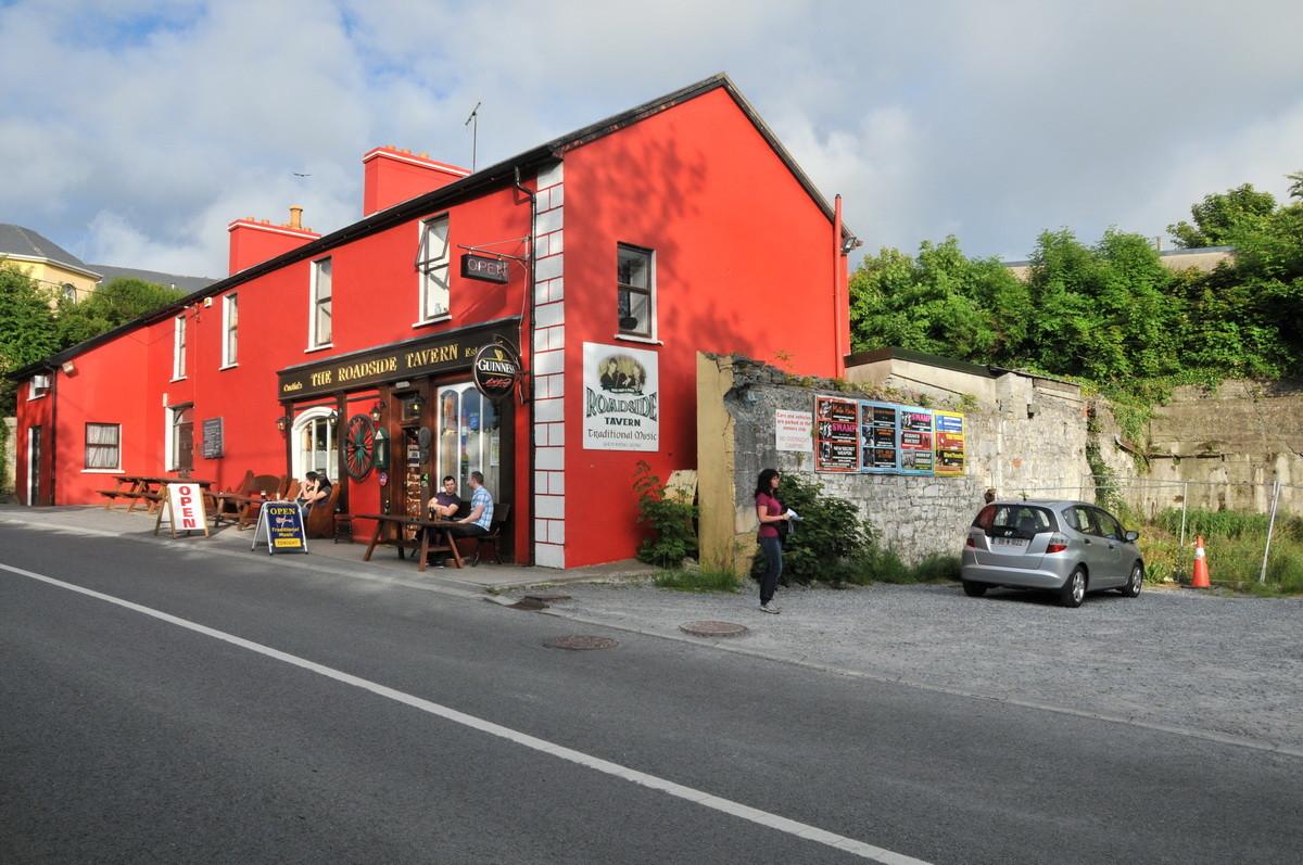 """The Roadside Tavern"" in Lisdoonvarna, Verpflegungshalt"