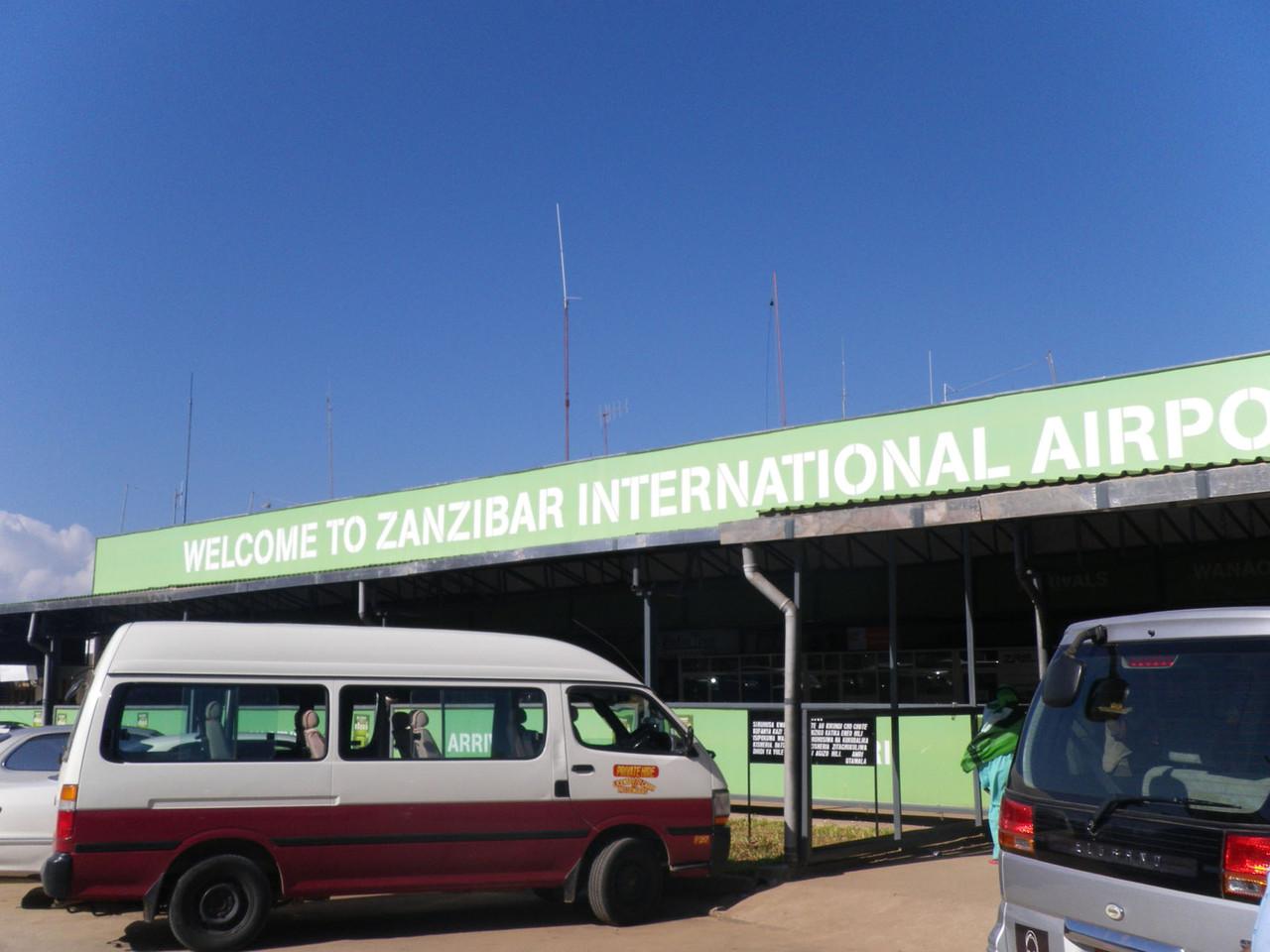 """Der letzte Tag - Transfer zum Arusha """"International Airport"""""""