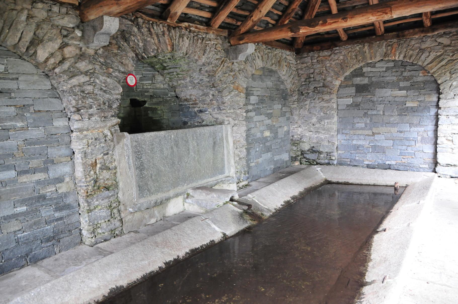Das alte Waschhaus, Brione sopra Minusio