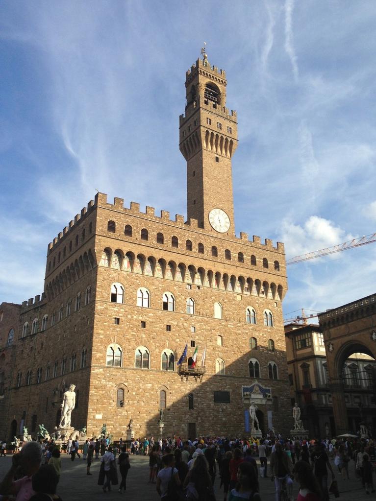 """""""Palazzo Vecchio"""" auf der """"Piazza della Signora"""""""