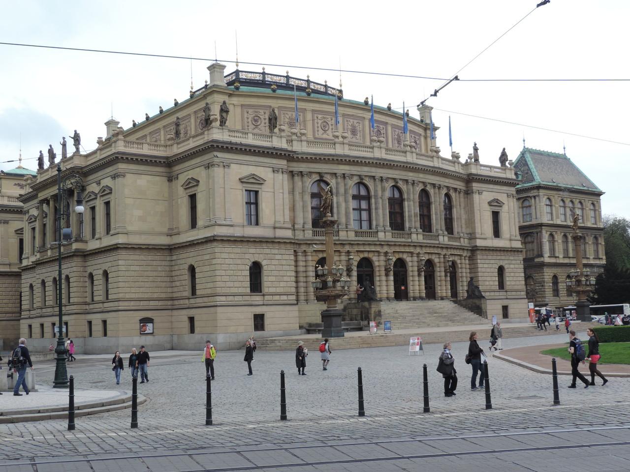 Das Rudolfinum (Haus der Künstler)