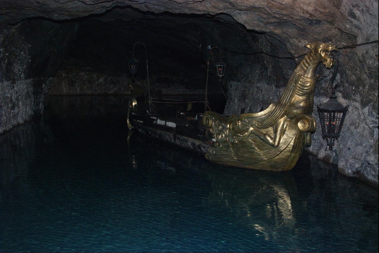 ...Grotten stillgelegt, beheizt und 2000 Arbeiter beschäftigt