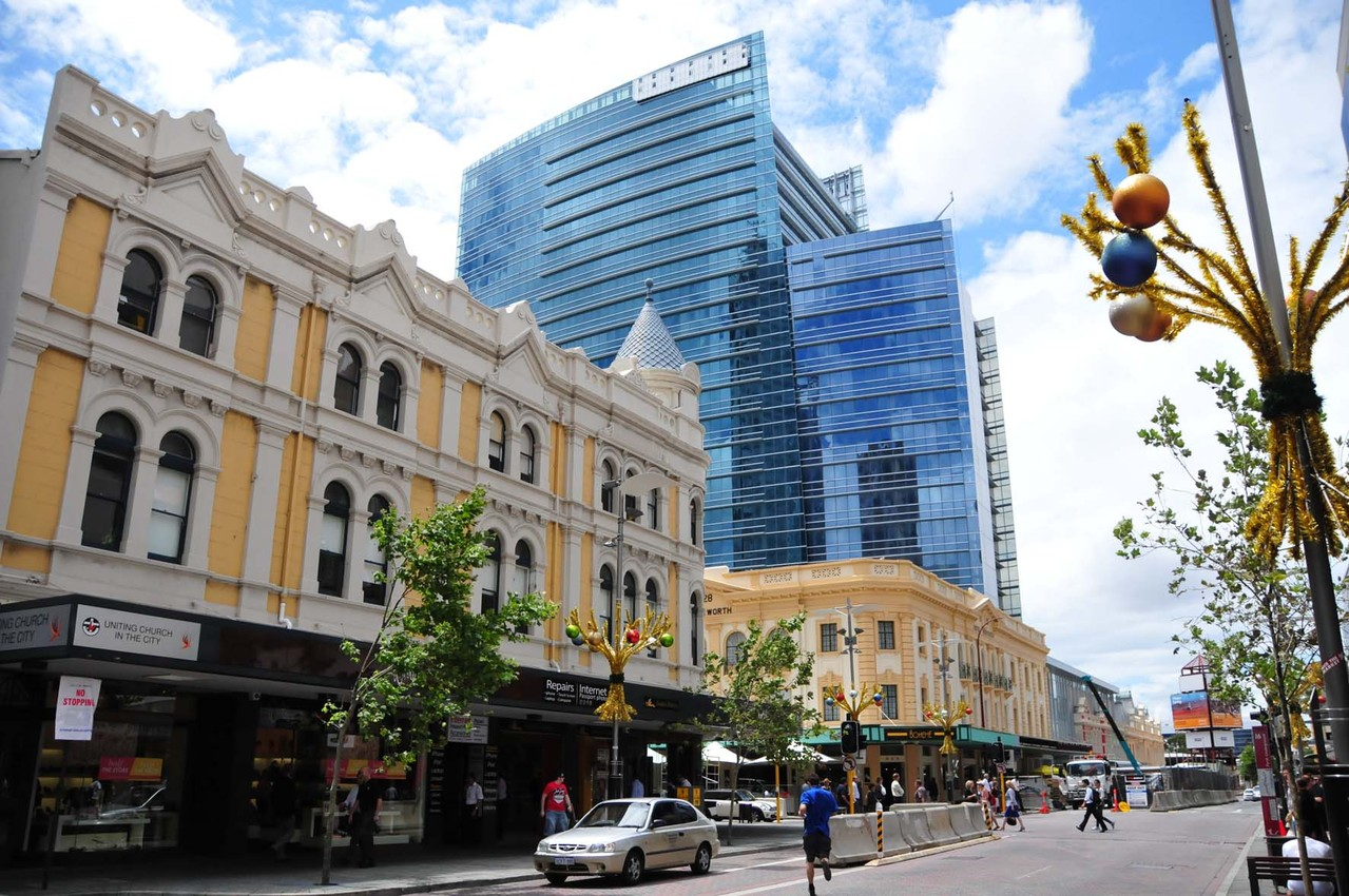 2. Etappe von Hong-Kong nach Perth - alt trifft neu