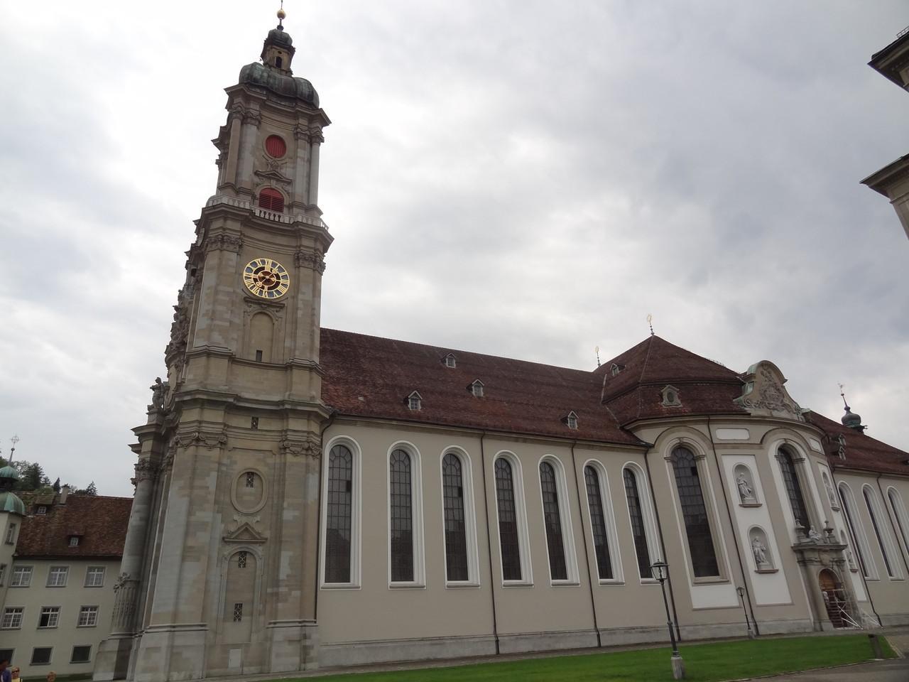 Hinfahrt via St. Gallen DIe Stiftskirche
