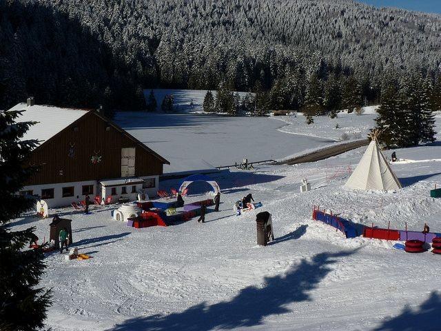 Widoo gliss (8 km) : parc d'attractions destiné à l'apprentissage de la glisse pour les enfants