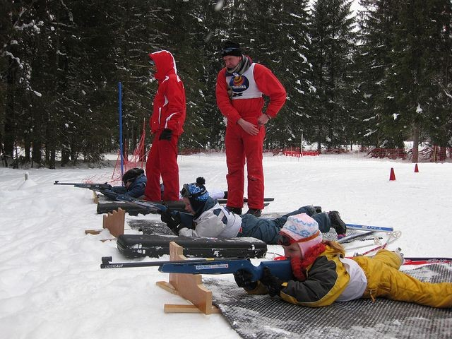 séance de tir au biathlon