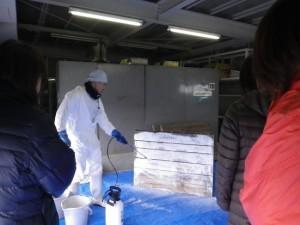 女性酪農家向け研修会でベッセルスプリーダーJr.実演