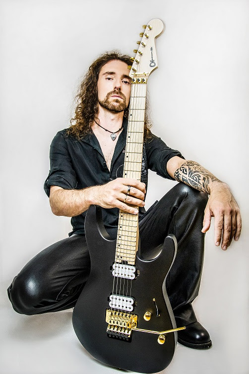 Reveal, Endorsement Deal EVH,Tino Hevia,Metal, Wormholedeath, News Rockers And Other Animals, Rock News, HEAVY METAL, Rock Magazine, Rock Webzine, rock news, sleaze rock, glam rock, hair metal