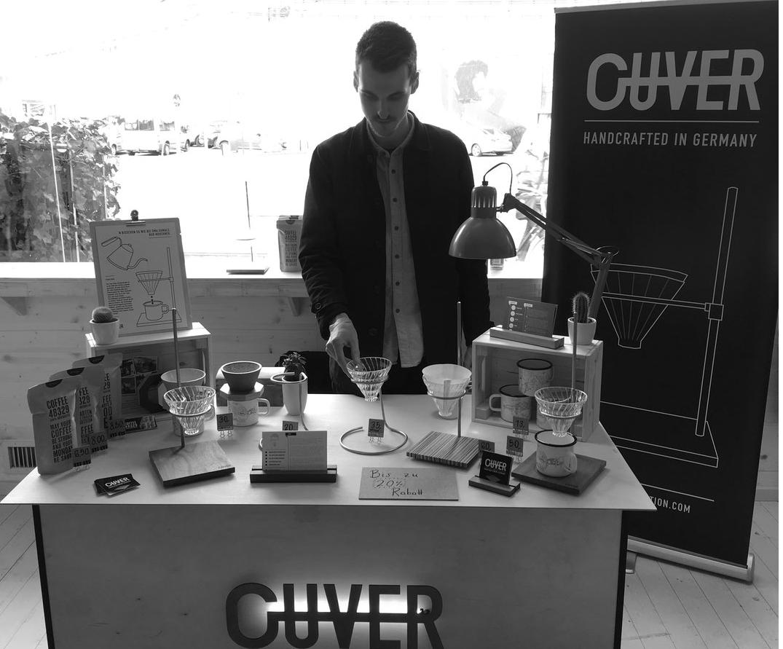 Birger, der Macher hinter OUVER Coffee.