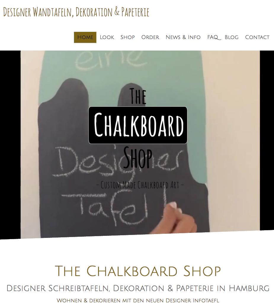 """Die Startseite mit Video im Hintegrund """"erklärt"""" das Produkt auf originelle Weise."""