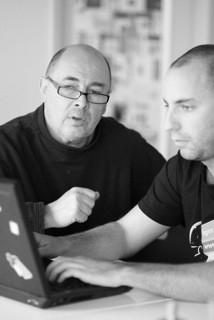 Jürgen Müller (links) und Michi aus dem Jimdo Entwickler-Team