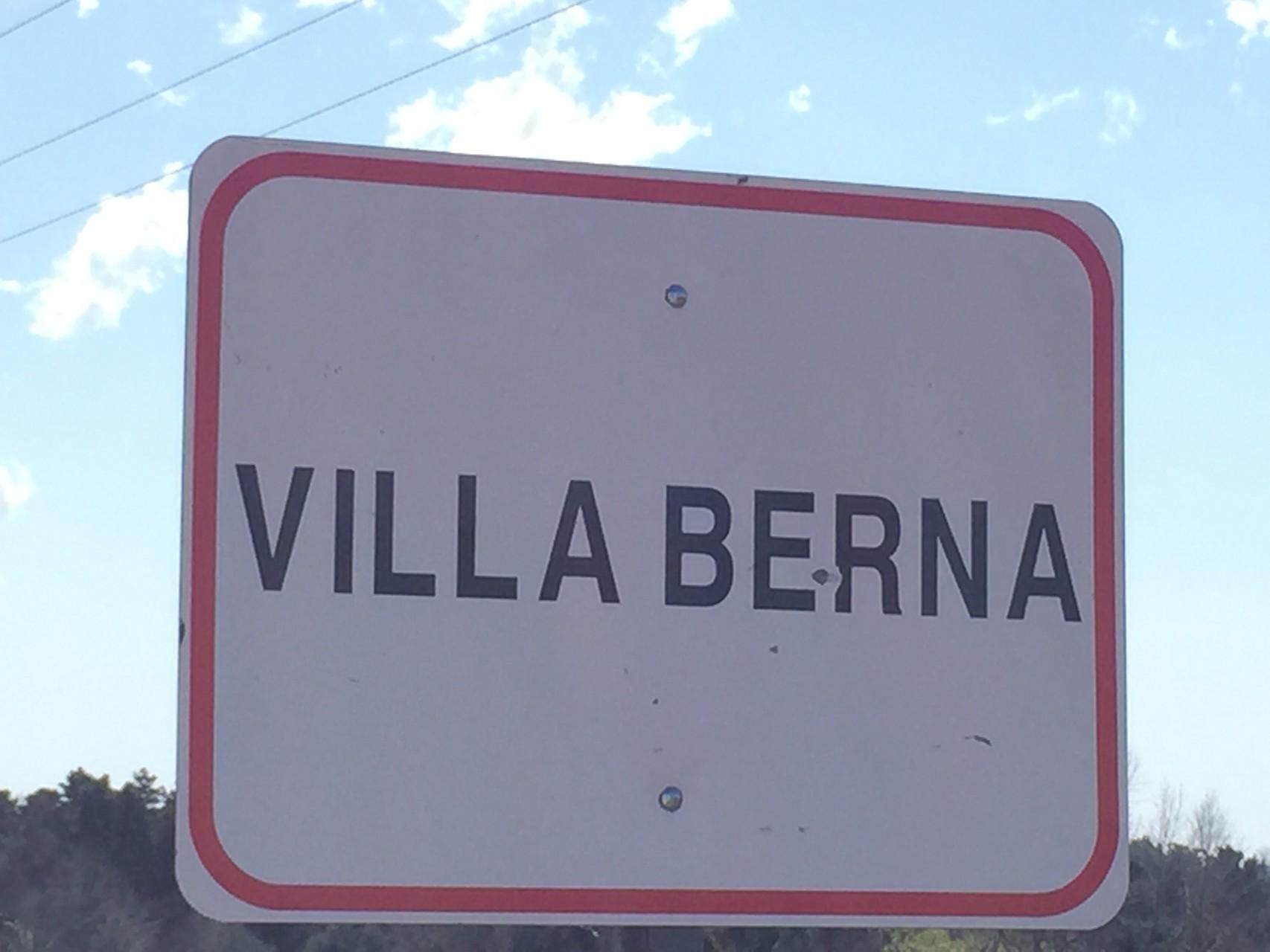 Ein kleines Dorf in Argentinien