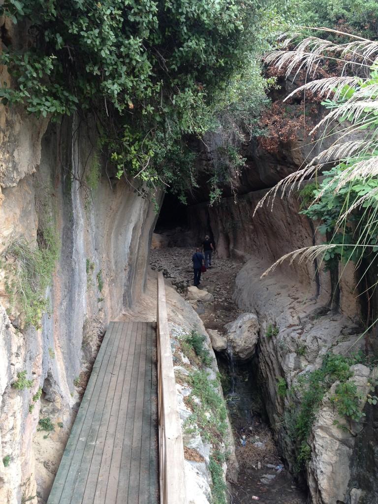 Wassertunnel der Römer in Cevike ....