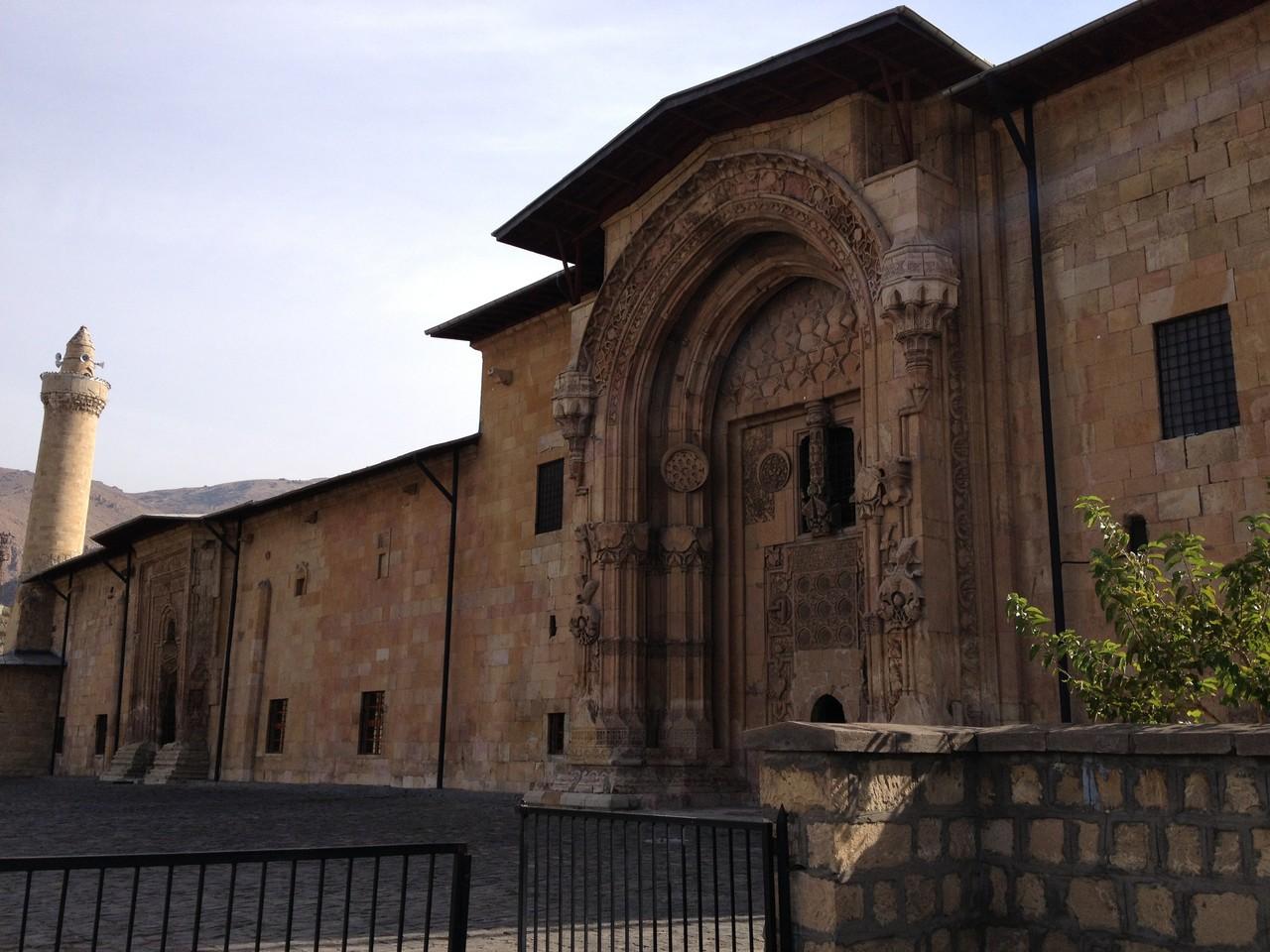 Grosse Moschee mit Krankenhaus in Divrigi