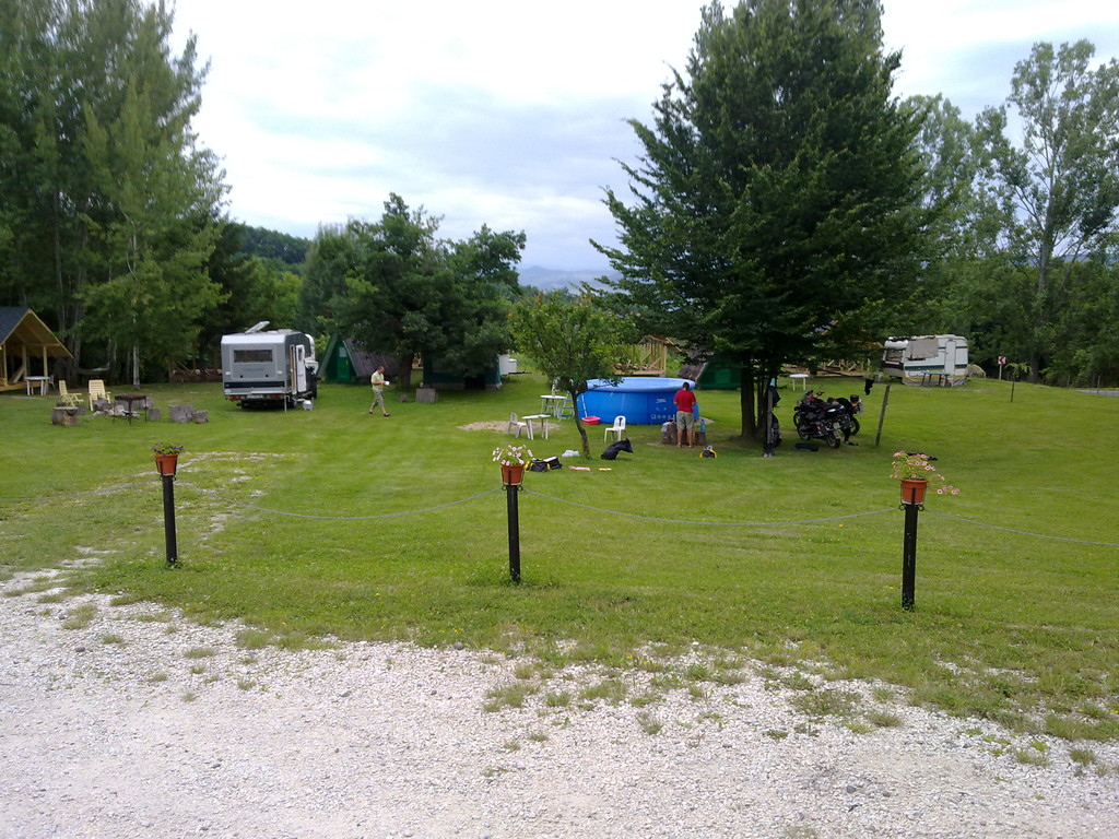 Campingplatz Burlusi