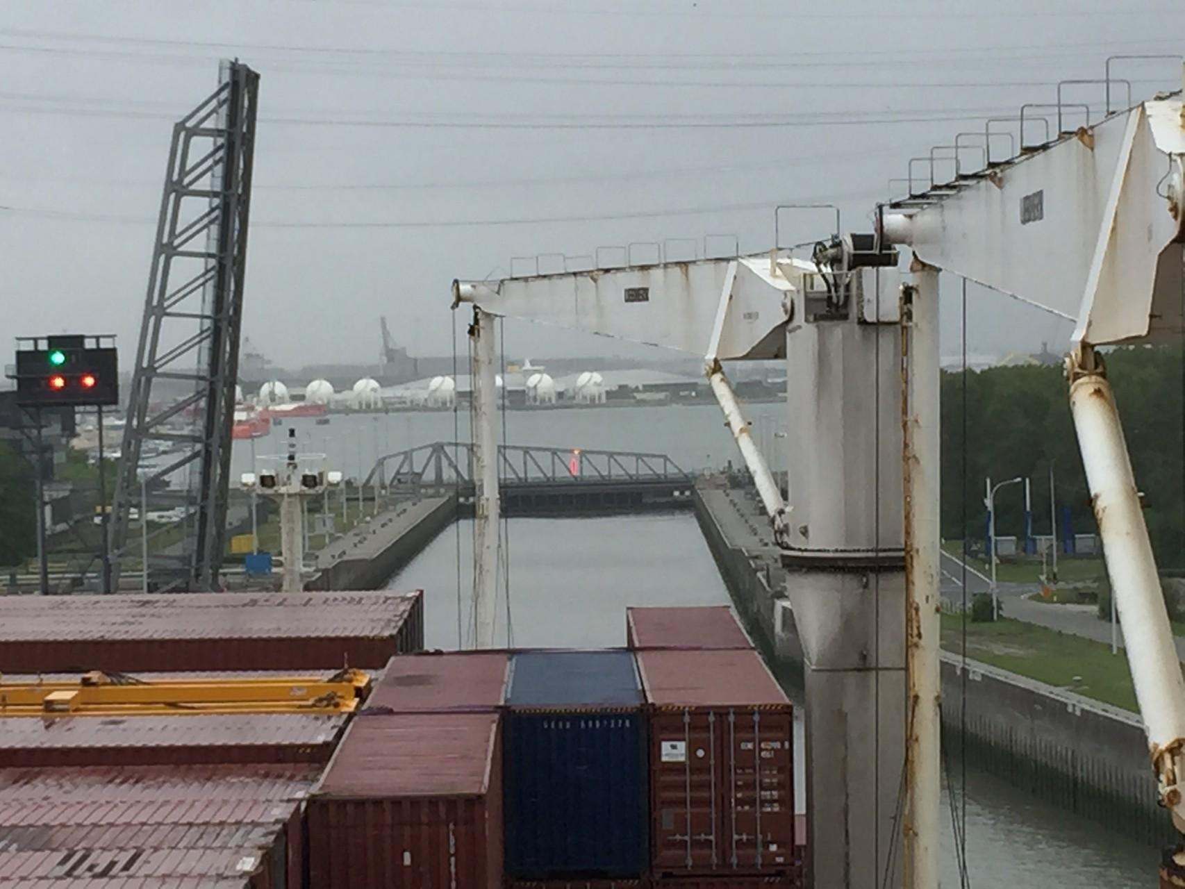 Einfahrt Schleuse in Antwerpen