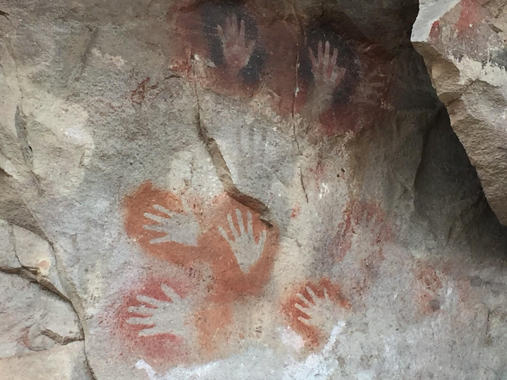 Die Hände und Figuren