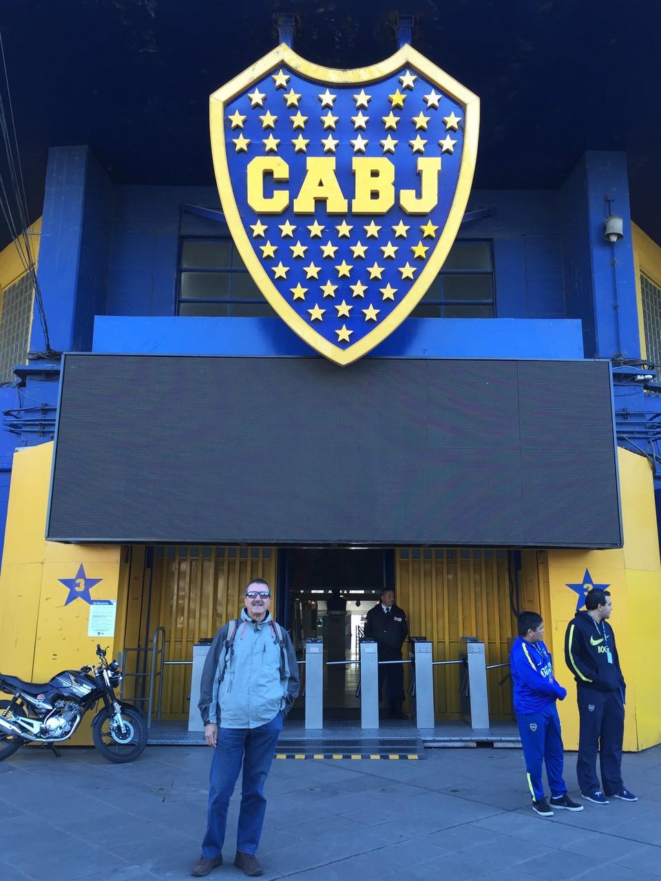 im alten Hafen Bocca mit dem Stadion Bocca Juniors....