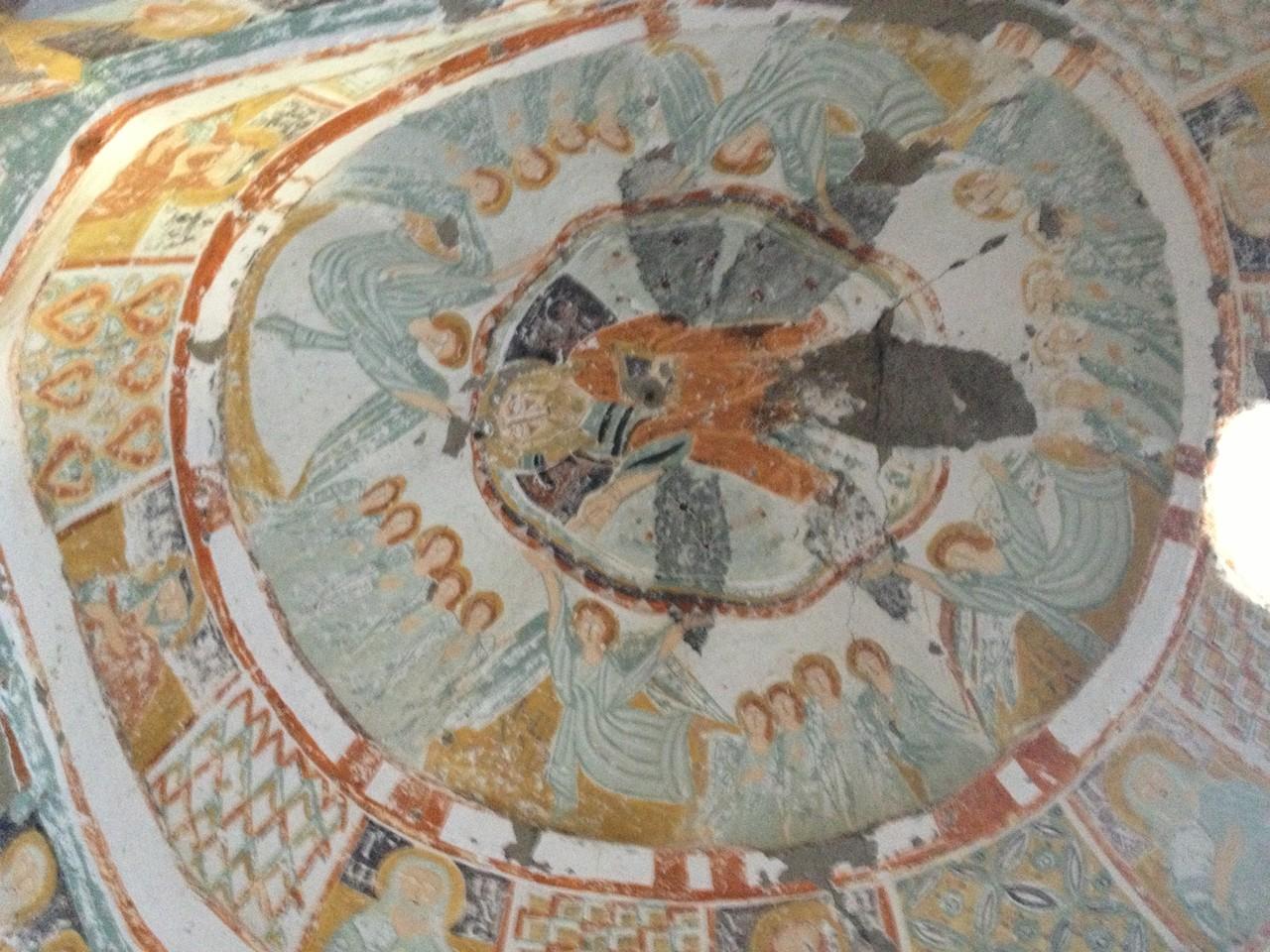 Felsenkirchen mit Fresken