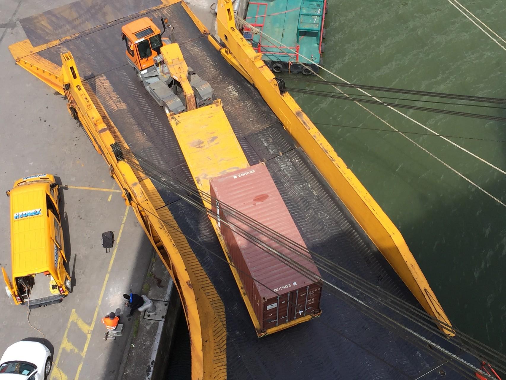 Container eingeladen in Rumpf